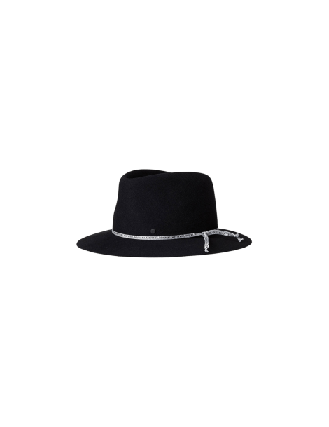 Chapeau Andre On The Go